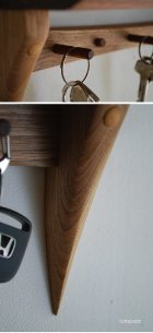 他の写真3: 【壁掛け棚/ウォールシェルフ】フック付き壁掛け棚 Light-nuts (ライトナッツ) 玄関にキッチンに多様に使える壁掛け飾り棚