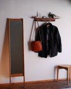 他の写真3: 【木製壁掛け棚/壁掛フック】タナフック ウォールナットモデル[ 壁面に機能と飾りを!]