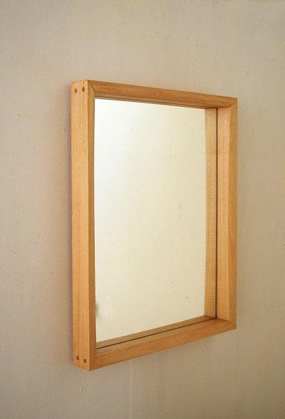 画像1: 壁掛け鏡プレーン50ホワイト おしゃれで軽快 シンプルでナチュラルモダンのインテリアミラー