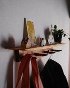 他の写真2: 【木製壁掛け棚/壁掛フック】タナフック クルミモデル[ 壁面に機能と飾りを!]